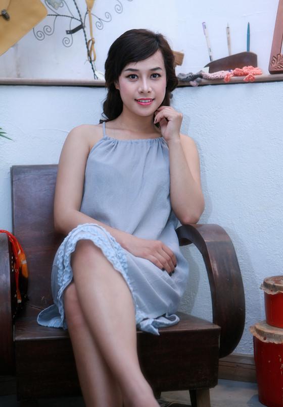 Có ai ngờ Thanh Sói một thời ngầu lòi sẽ trở thành cô gái miền Tây ngây thơ bị... bán sang Trung Quốc - Hình 9