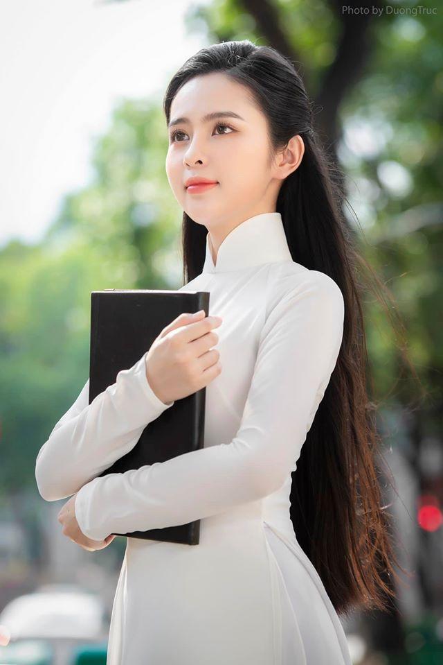 Nữ sinh có tên lạ Trịnh Thị Ái Phi đẹp tinh khôi với áo dài trắng - Hình 5