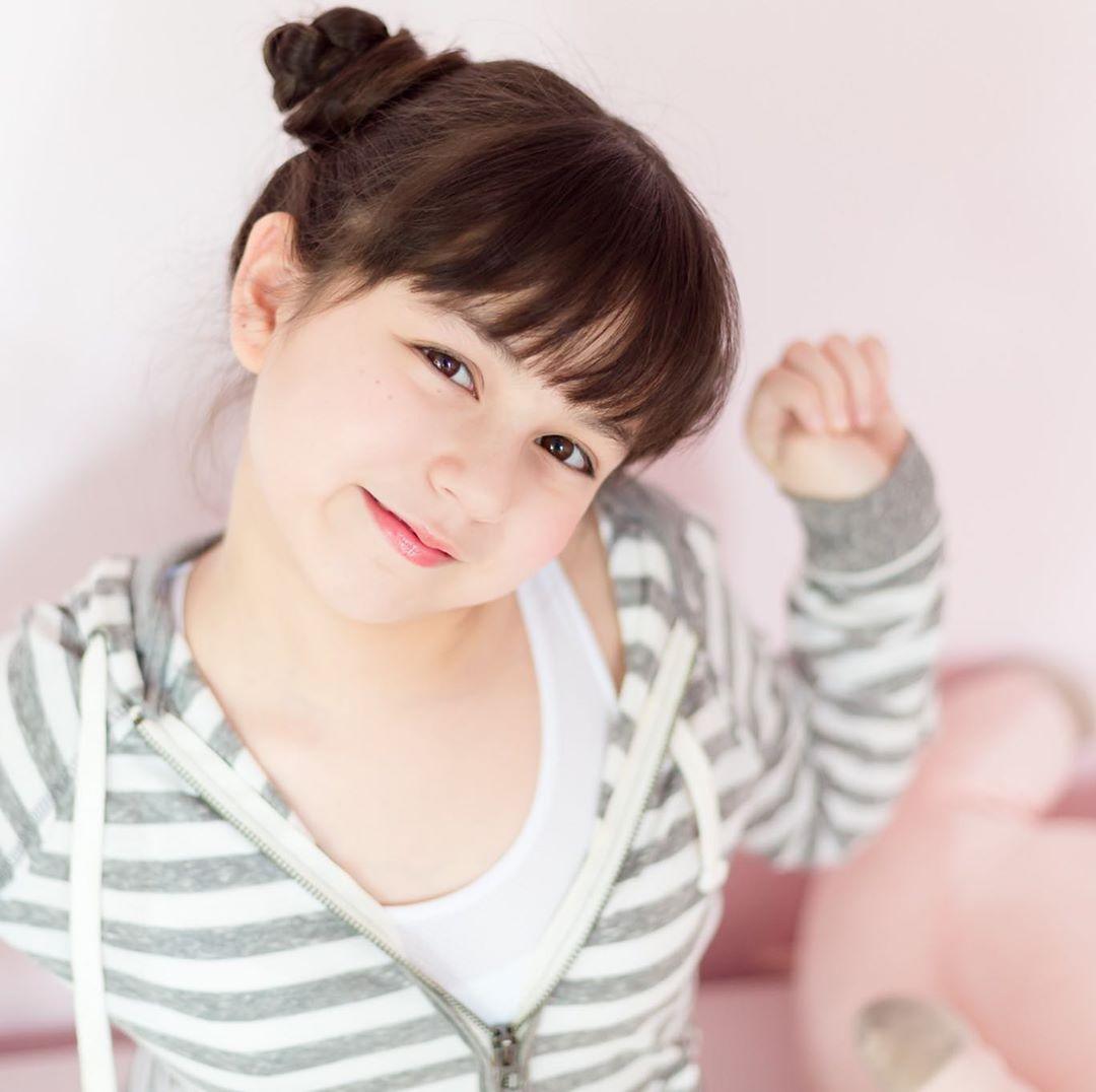 Bé gái lai từng được ca ngợi xinh nhất Thái Lan, nhan sắc sau 6 năm nổi tiếng giờ thế nào? - Hình 14