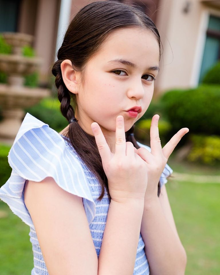 Bé gái lai từng được ca ngợi xinh nhất Thái Lan, nhan sắc sau 6 năm nổi tiếng giờ thế nào? - Hình 22