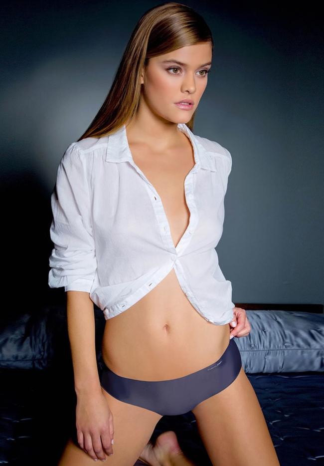 Người mẫu tuyệt sắc giải lời nguyền chỉ yêu ai dưới 25 tuổi của Leonardo DiCaprio? - Hình 14