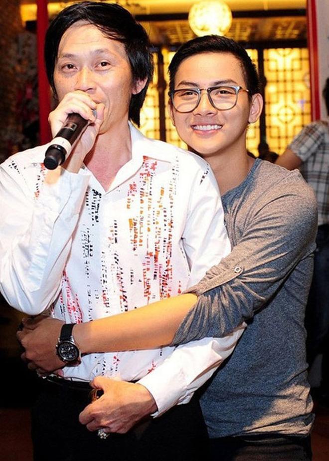 Từng được cưng chiều hết mực nhưng Hoài Lâm lại khiến cả hai nhân vật máu mặt này của showbiz Việt phải thất vọng ê chề - Hình 2