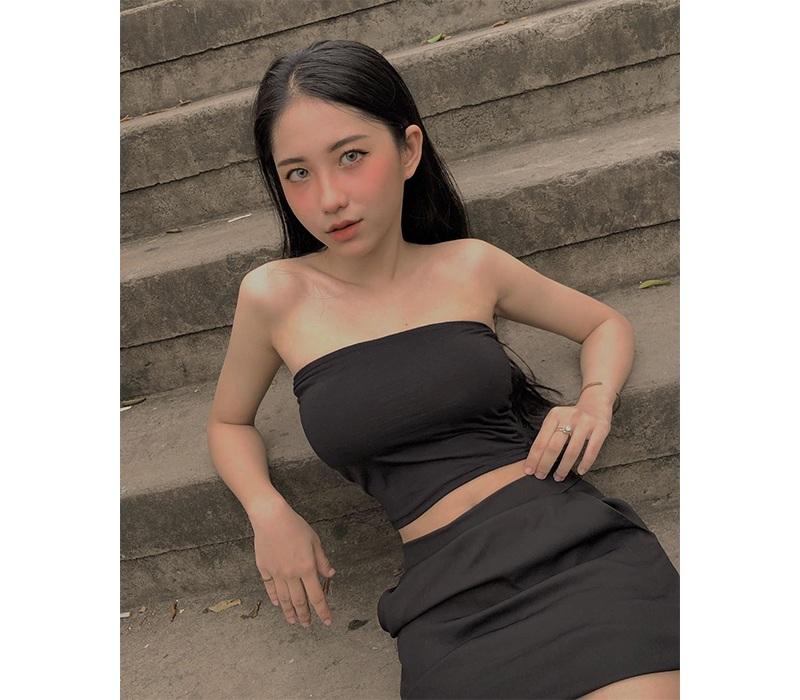 Lột xác ngoạn mục nhờ tăng cân, mỹ nữ Long An ghi điểm bởi đường cong body đẹp mướt mắt - Hình 3