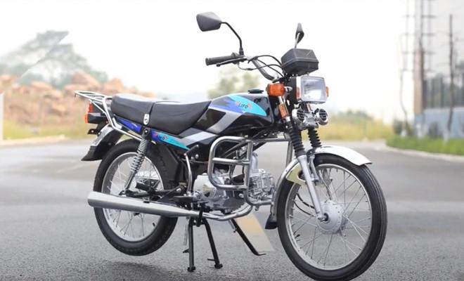 Xe máy Trung Quốc giá 7 triệu đồng, nhái thiết kế Honda Win 100 'huyền thoại' - Hình 2
