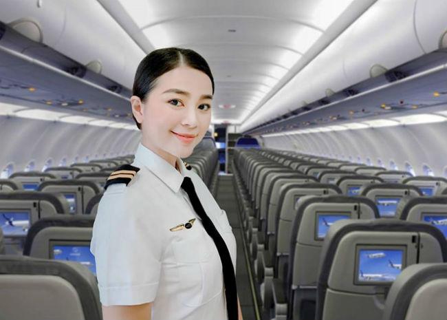 Rời buồng lái, 2 nữ phi công đẹp nhất Việt Nam gây ngỡ ngàng khi diện bikini bốc lửa - Hình 1
