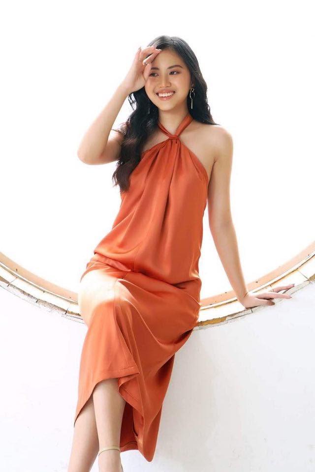 Ngắm loạt ảnh xinh đẹp tựa quý cô Paris của Hoa hậu Châu Ngọc Bích - Hình 8