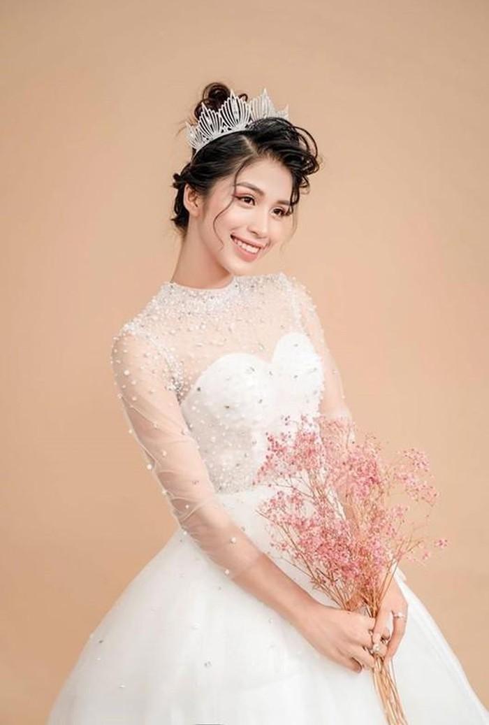 Gái xinh Huế có gương mặt cực Tây thi Hoa hậu Việt Nam 2020 - Hình 5