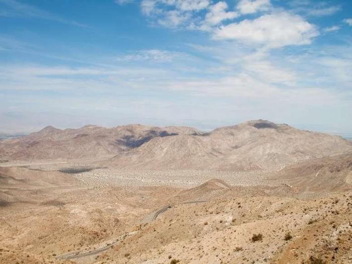 Ngất ngây, 10 thung lũng đẹp kỳ ảo đến khó tin - Hình 10