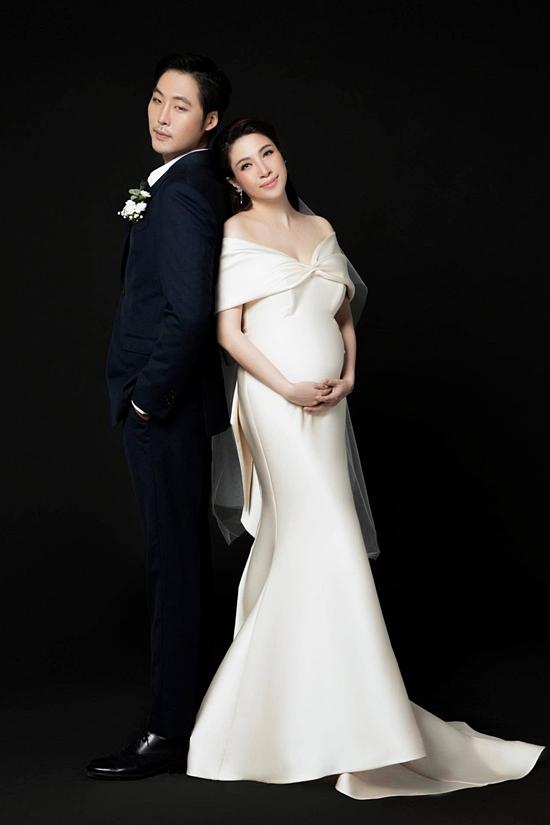 Pha Lê bế bầu chụp ảnh cưới cùng chồng Mỹ gốc Hàn - Hình 2