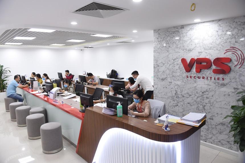 Chứng khoán VPS giữ vững ngôi đầu môi giới phái sinh, thăng hạng trên cả  HOSE và HNX - Kinh tế - Việt Giải Trí