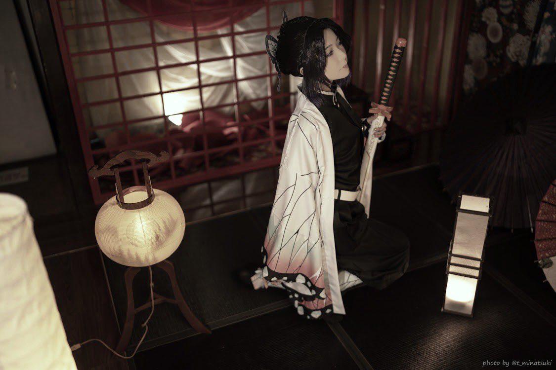 Ngắm loạt ảnh cosplay đẹp mắt của nữ thần 18 Yui Hatano vào vai Trùng Trụ trong Kimetsu no Yaiba - Hình 3