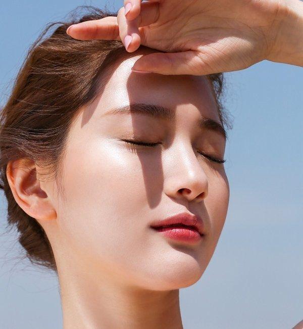 Chăm sóc da khoẻ mạnh, tránh nổi mụn khi đeo khẩu trang cả ngày - Hình 4