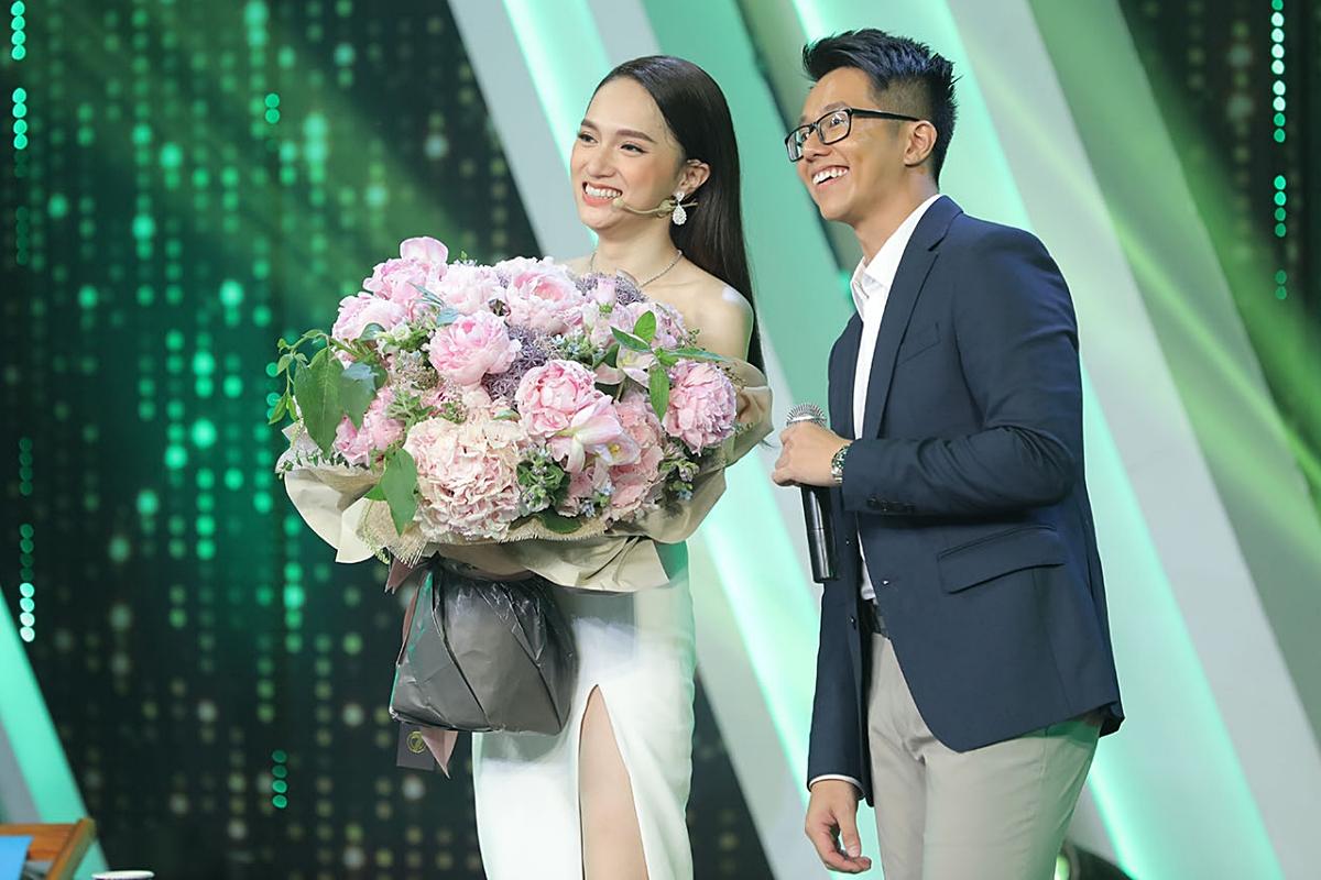 Tiếp Drama: MC đài VTV khẳng định không kì thị Hương Giang nhưng vẫn không công nhận là phụ nữ từng trải - Hình 3