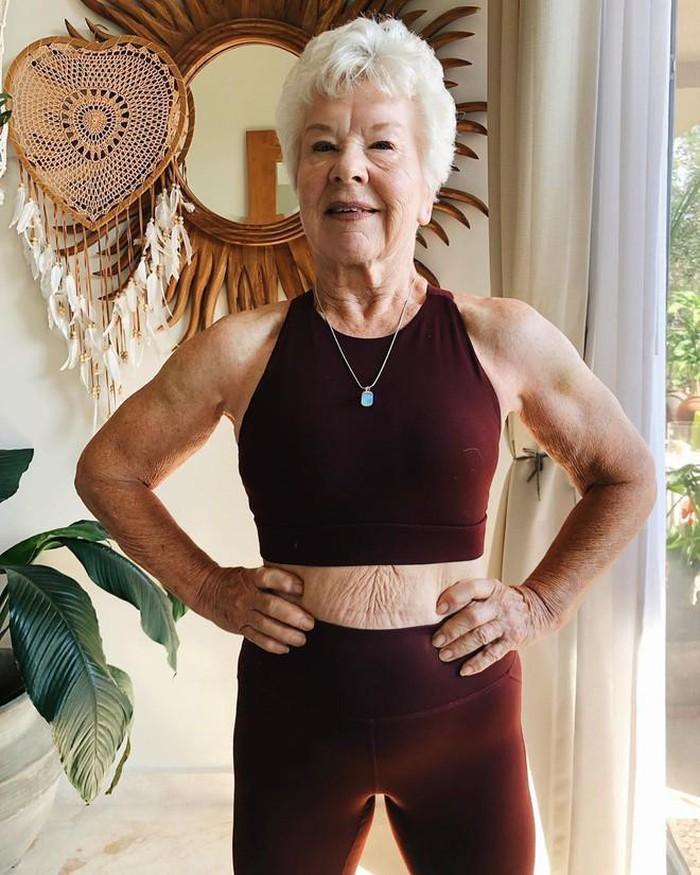 Ở tuổi U70, cụ bà sở hữu cơ bắp cuồn cuộn nhờ điều này - Hình 10