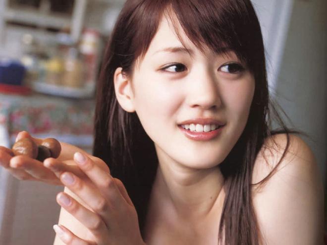 Đã 35 tuổi nhưng vẫn sở hữu làn da căng mướt khiến gái đôi mươi cũng phải trầm trồ, Ayase Haruka tiết lộ cô chỉ trung thành với 5 nguyên tắc - Hình 6