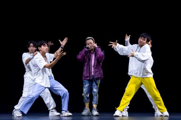 Quang Đăng giữ vai trò biên đạo, dancer chính cho ca khúc mới của Binz và Min - Hình 2
