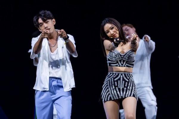 Quang Đăng giữ vai trò biên đạo, dancer chính cho ca khúc mới của Binz và Min - Hình 3