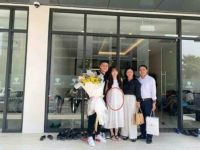 Rộ nghi vấn bức ảnh bạn gái Quang Hải đăng tải kèm trạng thái Bạc là hình siêu âm thai - Hình 5