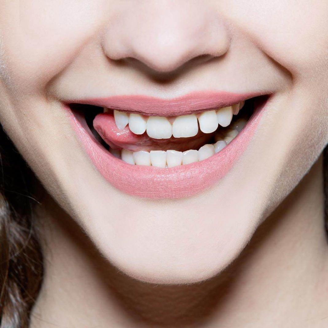 3 cách làm trắng răng bằng muối, chà đến đâu đánh bay mảng bám đến đó - Hình 3