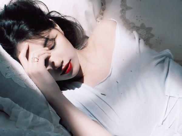 Nếu đều đặn thực hiện 5 thói quen này khi đi ngủ, bạn chắc chắn sẽ ngủ ngon hơn và giảm cân nhanh mà không cần tập thể dục - Hình 4