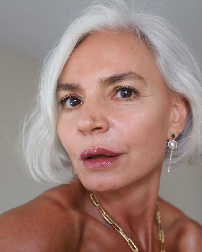 Bí quyết ngừa lão hóa của nữ người mẫu thời trang 56 tuổi - Hình 4