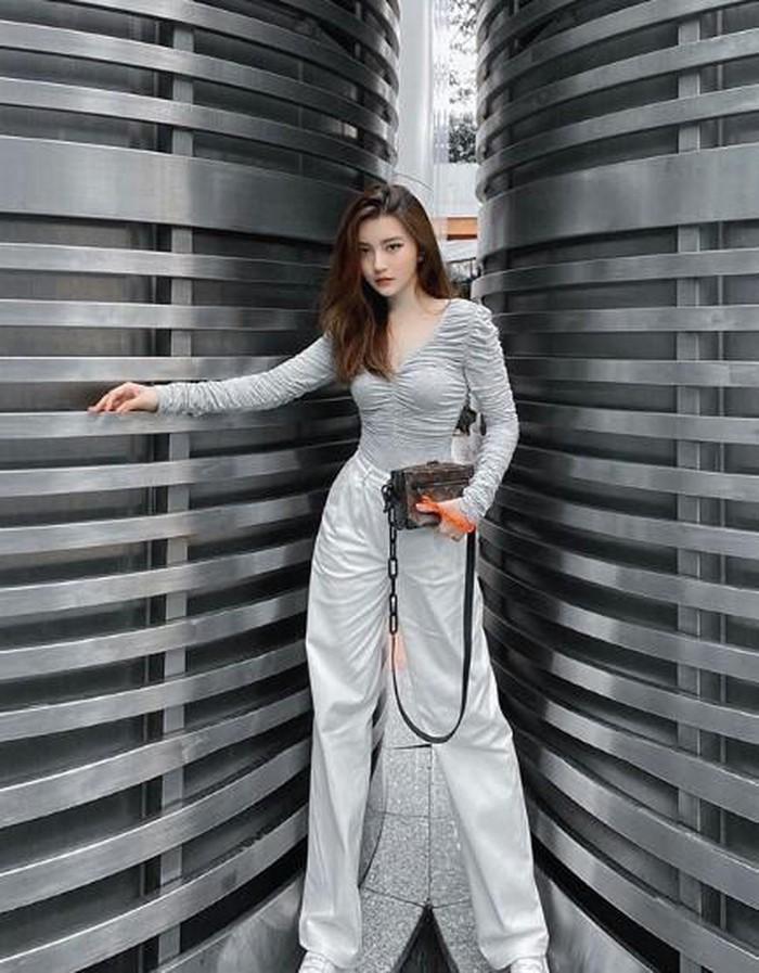 Hot girl Sài Thành lần đầu chơi lớn khiến dân mạng trầm trồ - Hình 11