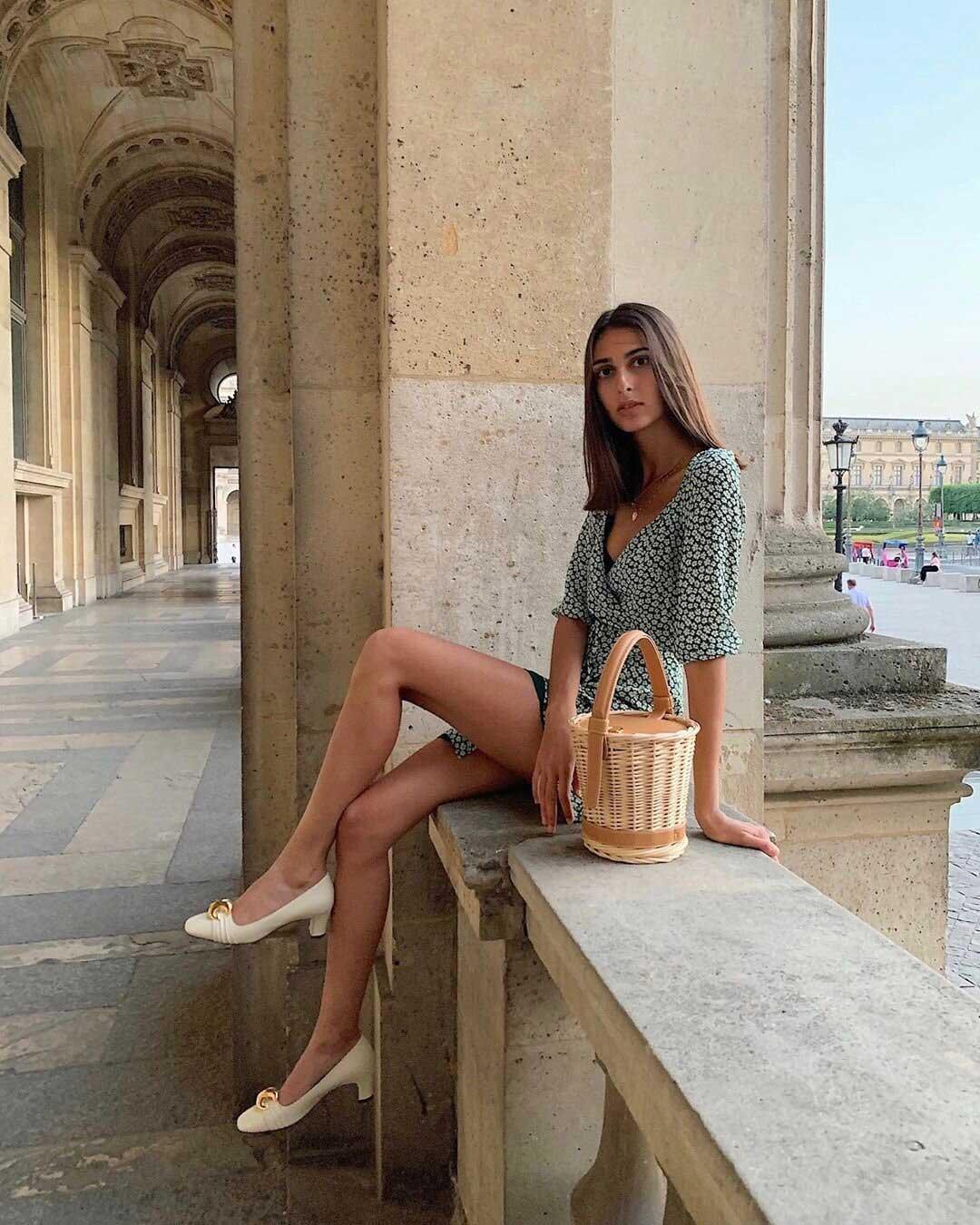 5 nguyên tắc ăn mặc thanh lịch đẹp như phụ nữ Paris - Hình 2