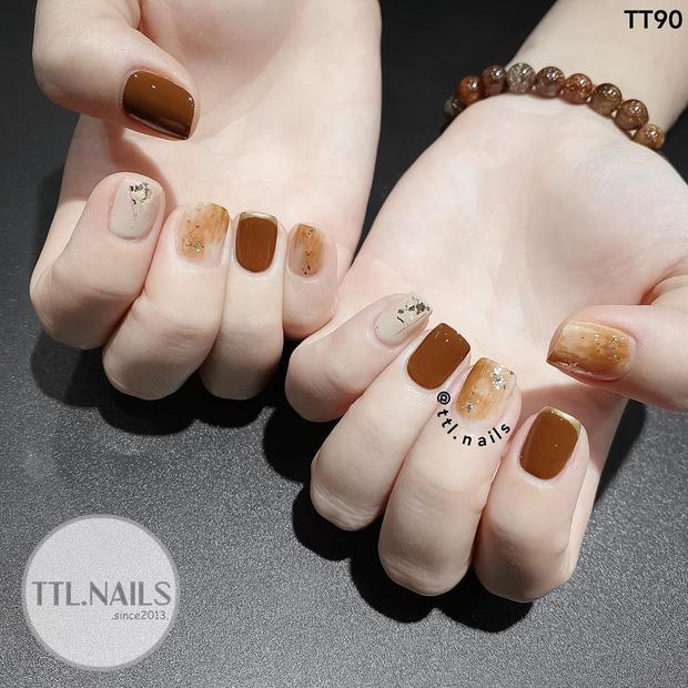 12 mẫu nail xinh yêu chuẩn trend mùa thu, chị em mau bung lụa để có bàn tay sang chảnh - Hình 5