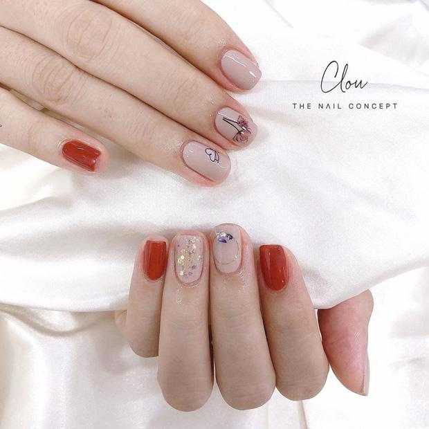 12 mẫu nail xinh yêu chuẩn trend mùa thu, chị em mau bung lụa để có bàn tay sang chảnh - Hình 6