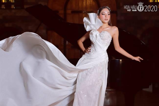 Nhan sắc băng thanh ngọc khiết, mặt búp bê xinh hút hồn của thí sinh hoa hậu VN - Hình 18