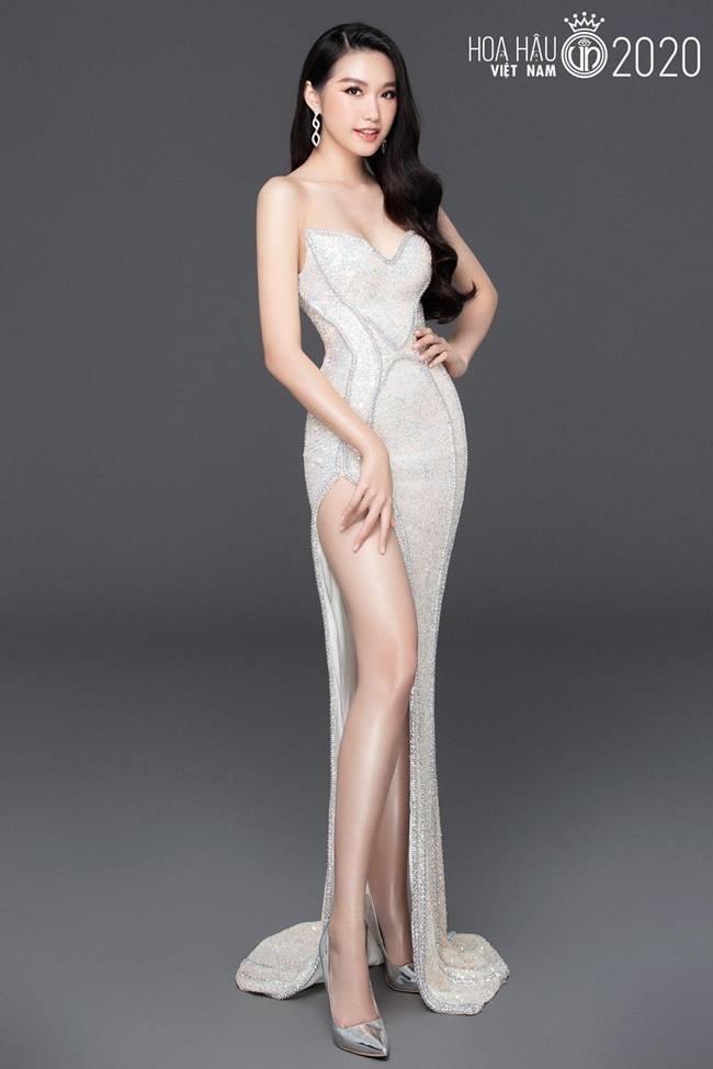 Nhan sắc băng thanh ngọc khiết, mặt búp bê xinh hút hồn của thí sinh hoa hậu VN - Hình 4