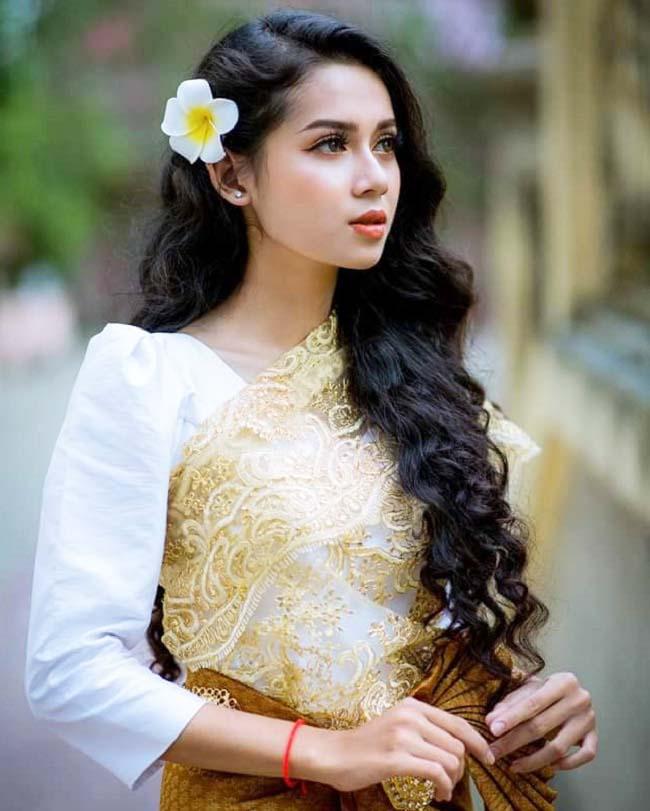 2 thanh nữ Ê-đê, Khmer đẹp như loài hoa lạ bị lầm tưởng lai Tây nhưng thuần Việt 100% - Hình 14