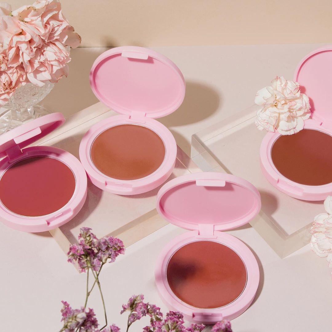 5 món makeup cho nàng công sở đủ trẻ xinh, nhan sắc lên hương rõ ràng - Hình 3