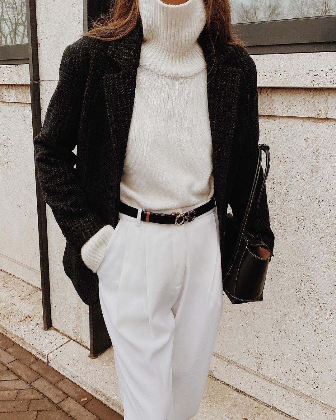 8 bí quyết mặc đồ màu trắng cho mùa thu sắp đến - Hình 2