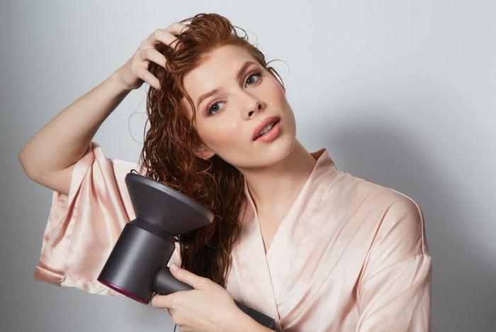 Chăm sóc tóc trước và sau khi bơi như thế nào? - Hình 3
