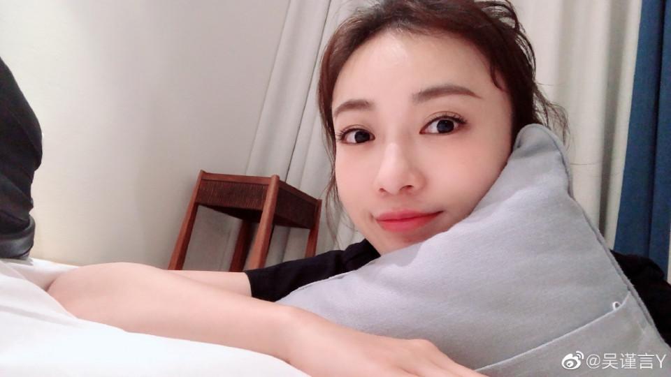 Ở tuổi 30 Ngụy Anh Lạc vẫn sở hữu làn da căng mịn như em bé nhờ áp dụng chế độ cai skincare học từ chuyên gia người Nhật - Hình 5