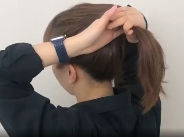 Cách búi tóc cao đẹp hoàn hảo, nhanh gọn chỉ mất 3 phút ai cũng làm được - Hình 1