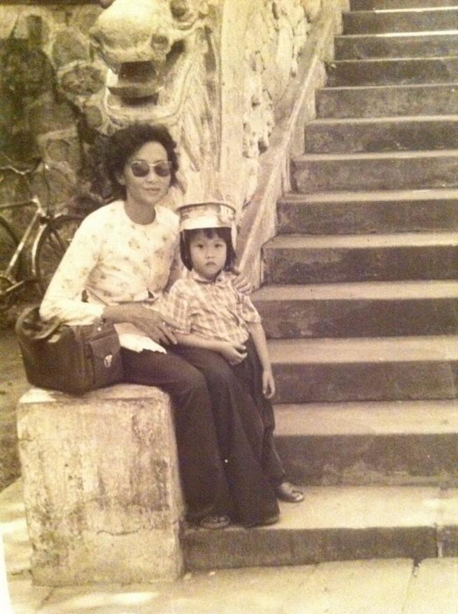 Dương Triệu Vũ đăng ảnh mừng sinh nhật mẹ ruột, tiết lộ số tài sản gia đình có được khi sang Mỹ định cư - Hình 1