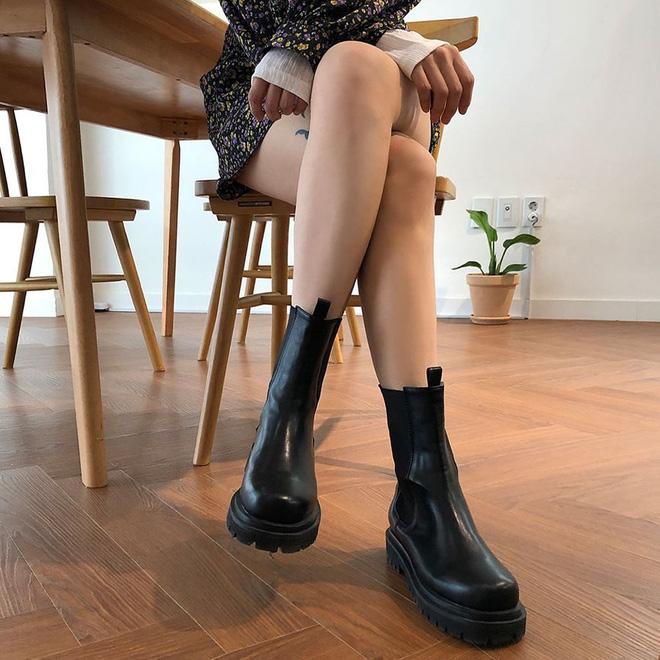 5 kiểu boots các nàng nên có vào mùa lạnh sắp tới, diện lên thể nào cũng sang và trendy hơn vài nấc - Hình 12