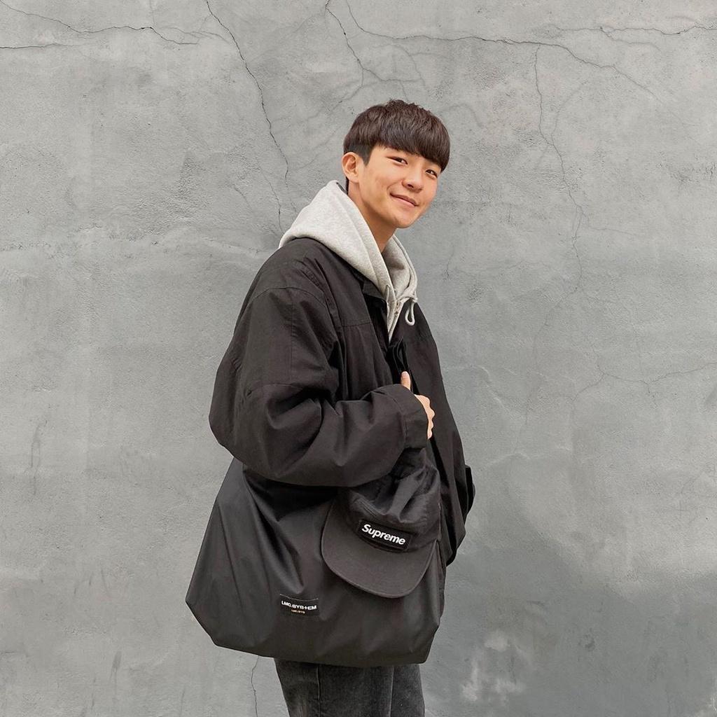 Chàng trai Hàn Quốc nổi tiếng trên mạng nhờ ăn mặc đẹp - Hình 1