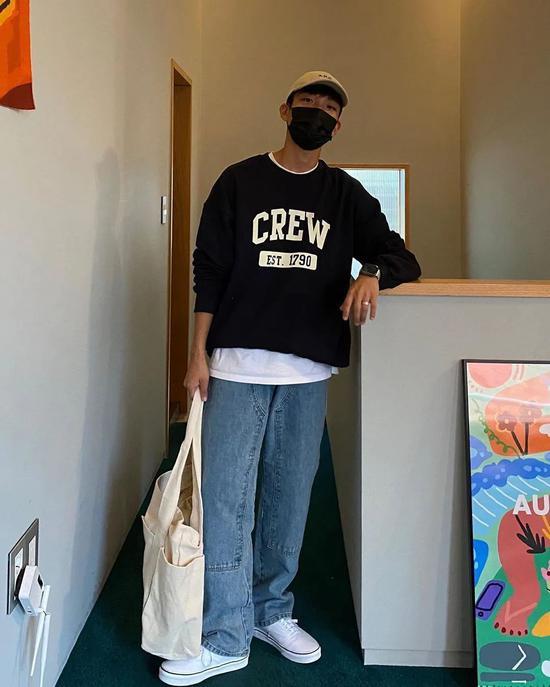 Chàng trai Hàn Quốc nổi tiếng trên mạng nhờ ăn mặc đẹp - Hình 10