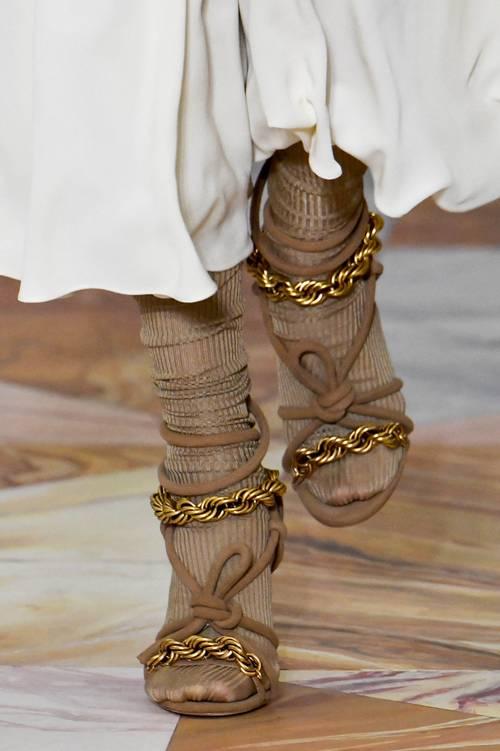 Những đôi giày có nhiều nếp nhăn đáng sở hữu nhất - Hình 1