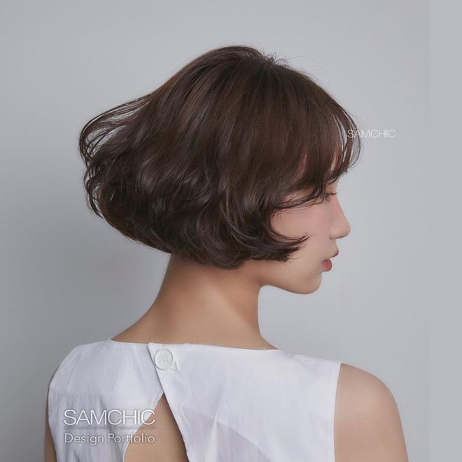 5 kiểu tóc uốn chuẩn mùa thu của sao Hàn, bạn diện theo vừa ăn gian tuổi siêu phàm lại còn sang xịn - Hình 22