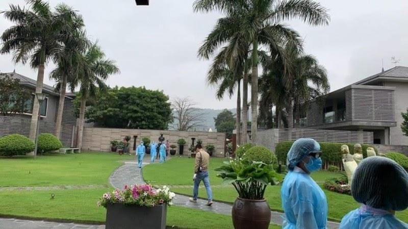 Bác sĩ lên tiếng vụ chị em Nhung 17: Bệnh viện điều trị tận tâm cho bệnh nhân và người bị lây nhiễm, điển hình là người bác nhiều lần nguy kịch - Hình 5