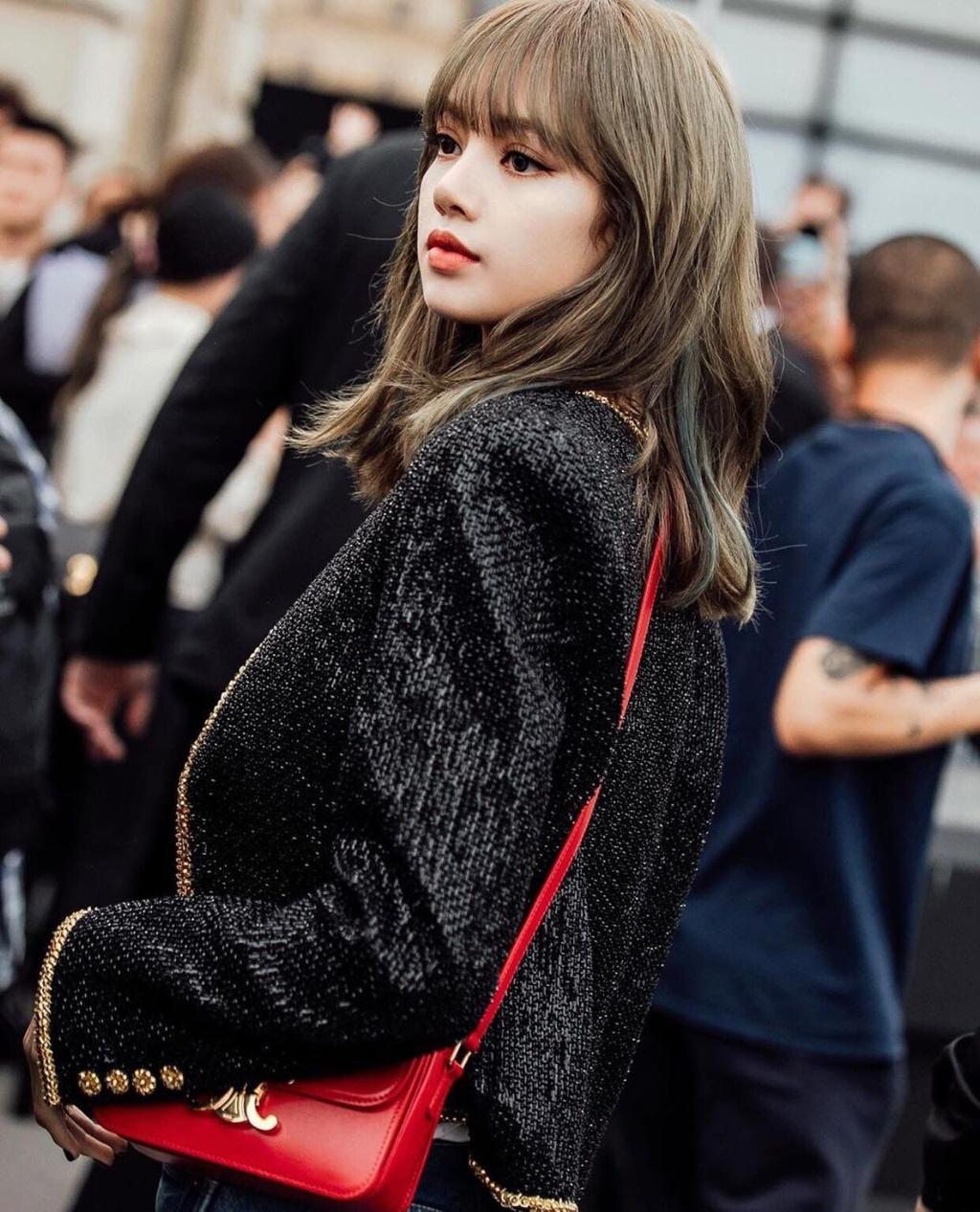 Những lần Lisa mặc đồ CELINE đẹp nhất - Hình 3
