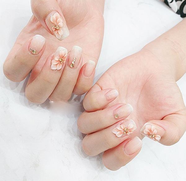 Những mẫu nail ombre đẹp trẻ trung được yêu thích nhất hiện nay - Hình 11