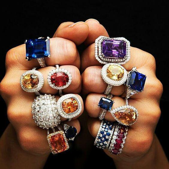3 loại trang sức đá phong thủy sánh ngang kim cương, thu hút phái nữ - Hình 1