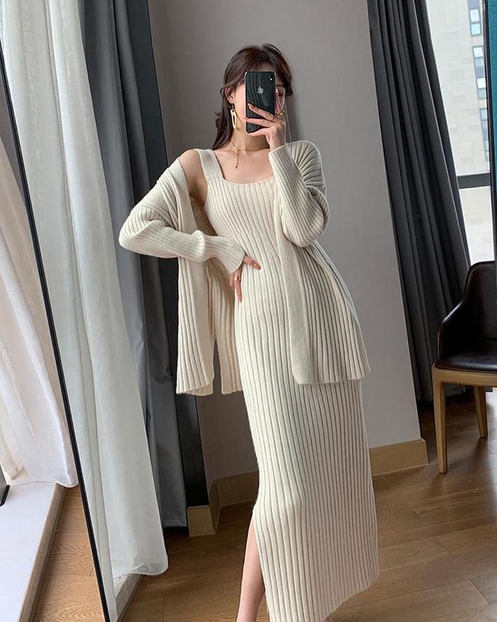 Trời mát lạnh mua váy len tăm là chuẩn bài lắm đây này, vừa ấm vừa sexy - Hình 7