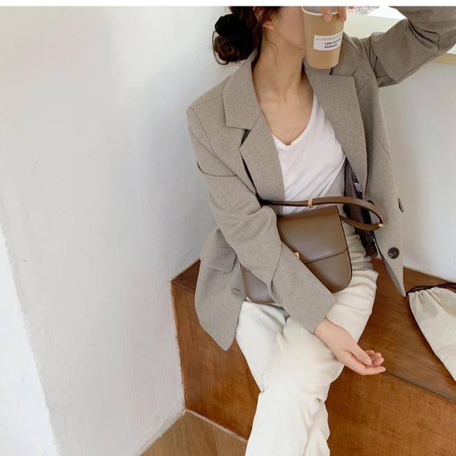 Ngại diện quần jeans đi làm vì vẻ bụi bặm, phải chăng bạn đã quên sự tồn tại của quần jeans trắng? - Hình 16