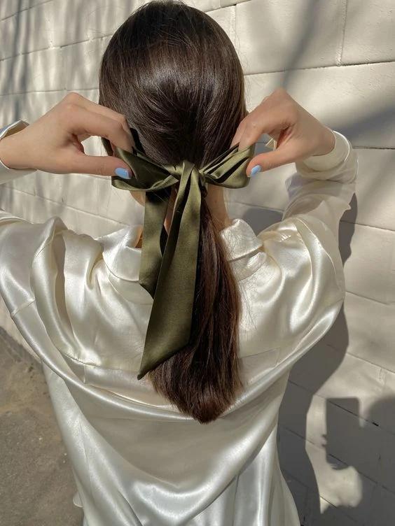 5 cách buộc tóc đuôi ngựa đơn giản mà cực nữ tính nàng không thử thì quá phí - Hình 2